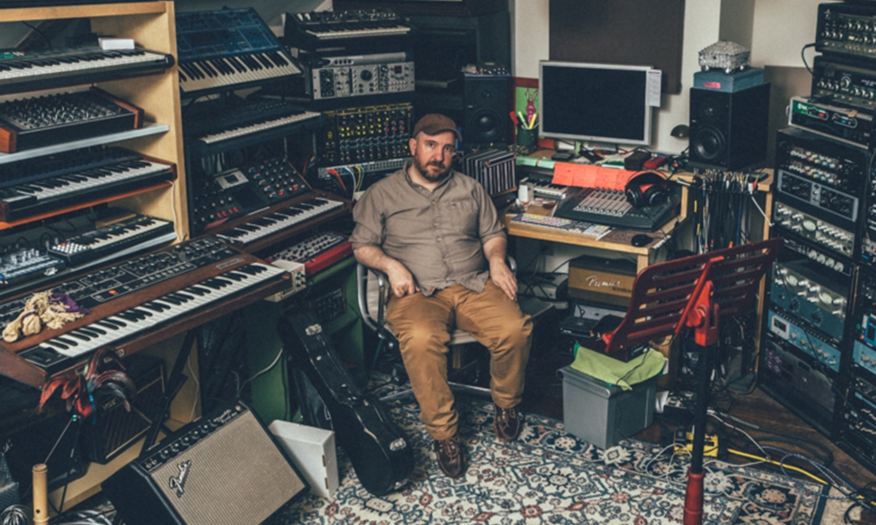 Stephin Merritt releases EP previewing new material from forthcoming album, '50 Song Memoir'